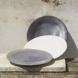 Plates in earth colours